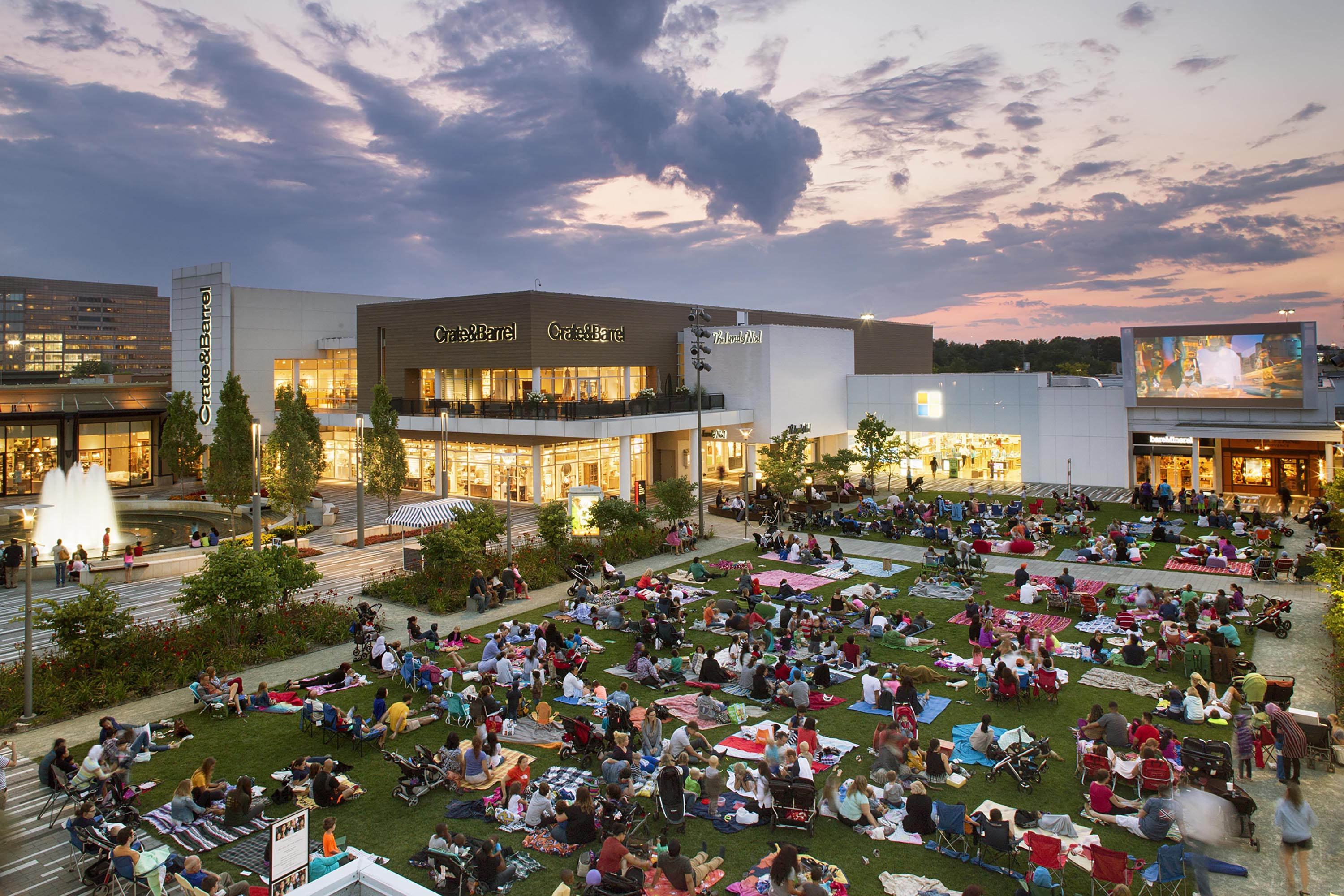 Oakbrook Mall Hours >> Oakbrook Center Discover The Difference Oakbrook Shopping Center